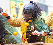 "A ""Battle of the Oranges"" in Italy"