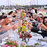 """""""Field to Vase"""" Dinners Begin in California"""